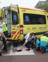 25 september Vrouw gewond na aanrijding met auto Lammermarkt Leiden