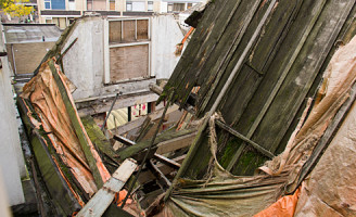 4 oktober Deel van pand Hoogstraat stort in