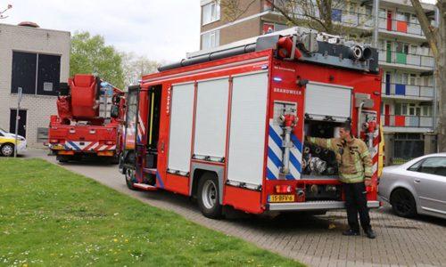 """<h2><a href=""""http://district8.net/24-april-kinderwagen-in-brand-in-flat-schuttersveld-schiedam.html"""">24 april Kinderwagen in brand in flat Schuttersveld Schiedam<a href='http://district8.net/24-april-kinderwagen-in-brand-in-flat-schuttersveld-schiedam.html#comments' class='comments-small'>(0)</a></a></h2>  Schiedam - In een flat aan het Schuttersveld in Schiedam is maandagmiddag brand uitgebroken. Er kwam korte tijd flink wat rook vrij in het gebouw. De oorzaak bleek een kinderwagen"""