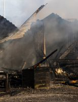 "4 december Grote brand in strandtent ""Zwoel"" Zeekant Hoek van Holland."
