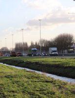28 december Lange file door weggezakte vrachtwagen A20 Vlaardingen