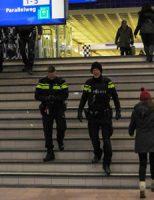 2 maart Treinverkeer plat door verdacht pakketje station Schiedam Centrum