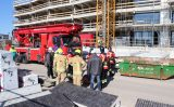 19 maart Gewonde man van het dak gehaald door hoogtereddingsteam Santplaet Maassluis