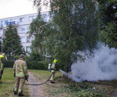24 juni Flinke rookoverlast bij buitenbrand Roellstraat Schiedam
