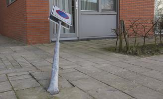 22 februari Boodschappen en paal omver gereden Schiedam