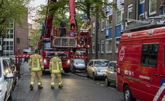 8 april Man van het dak gered Rotterdam