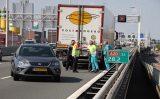21 juli Aanrijding A20 tussen vrachtwagen en auto Giessenbrug A20 Rotterdam