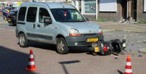 4 april Scooterrijdster gewond na aanrijding met auto 's-Gravesandestraat Schiedam