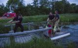 21 mei Brandweer redt jongen van vlot Schiedam