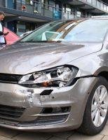 18 september Auto knalt op leswagen Zwanensingel Vlaardingen