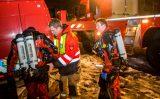 12 december Traumahelikopter vliegt uit voor auto te water Govert van Wijnkade Maassluis