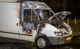 17 maart Weer voertuig verwoest door brand Zwanensingel Vlaardingen