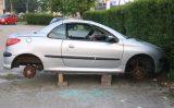 20 mei Auto gestript op parkeerterrein Bokelweg Schiedam