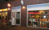 9 november Eigenaar pizzeria onwel, pizzabakken gaat door Malmo Schiedam