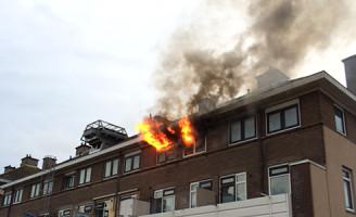 [VIDEO] 4 juni Uitslaande woningbrand Kolenwagenslag Scheveningen