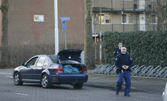 3 januari Hennep aangetroffen in auto Apolloweg Delft
