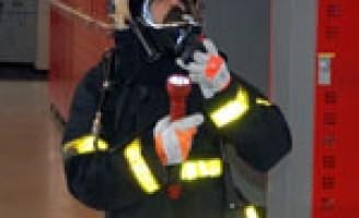 Schoolklas op bezoek bij de brandweer